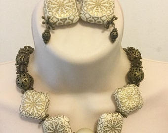 Statement Cream Necklace/Free Shipping