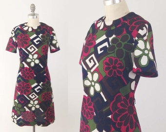Vintage 60s Mod Shift Dress - Short Sleeve Geometric Floral Print Day Dress - Dress by Puritan Forever Young - Size Large to Medium M / L