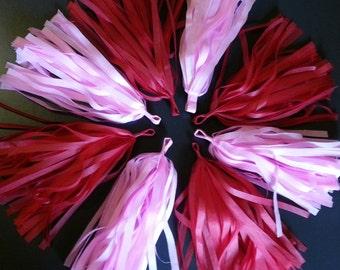 Tissue Paper Tassel Garland - Party decorations//Backdrop decor//Receptions//Baby Shower Decor//Weddings Decor