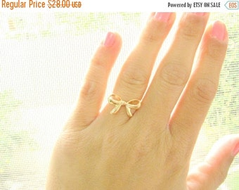 VALENTINES DAY - Forget me knot ring - Gold Bow ring, Bow Ring, Ribbon ring, Knot ring, 14k gold filled ring, Dainty Bow ring, size 4