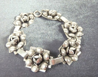 Sterling Silver Cabbage Flower Bracelet B19