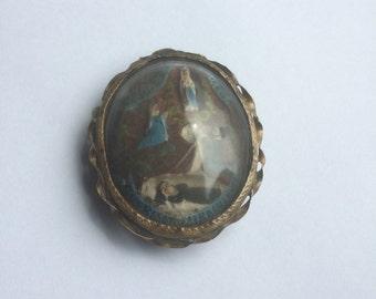 Antique meerschaum pendant with scene Lourdes France