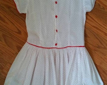 Beautiful Handmade Little Girls Farmhouse dress size 5/6 pretty vintage antique red white buttons cute clean one of a kind 30s 40s 50s kids