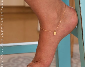 Filigree Hamsa Anklet, Gold Hamsa Hand Anklet, Dainty gold Anklet, Delicate Anklet,Foot jewelry - Body jewelry