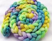 BFL-Silk Wool Roving - Spinning Fiber - Hand Dyed Fiber  5.3 oz.  Nr. 719