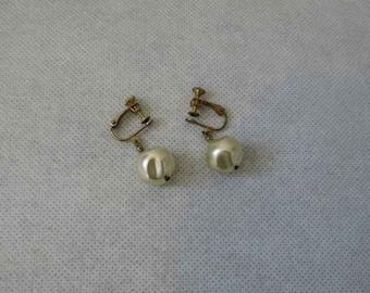 1950s Vintage - Vintage Earrings - Pearl Earrings - Screw Back Faux Pearl Earrings