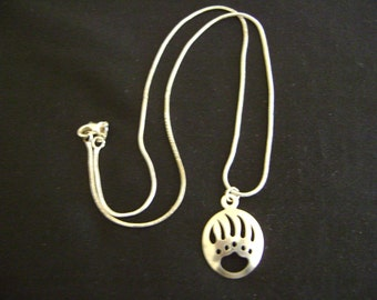 Sterling Silver Indian Bear Claw Necklace