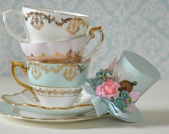 Shabby Chic Alice in Wonderland Mini Top Hat / Mini Mad Hatter Hat / Tea Party Hat