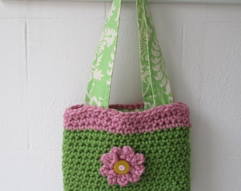 Crochet bag with flower detail fully lined