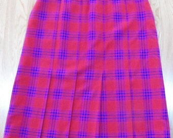 Vintage PENDLETON 100% Virgin WOOL Pleated Skirt~Plaid Red/Purple/Blue sz 14-16