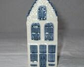 KLM Rynbende Distilleries Holland Blue Delft House #15, Vintage 1960s, Unsealed