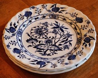 "Johnson Brothers English Ironstone ""Saxony"" Blue and White Transferware Pattern Set of Three Bread, Dessert or Wedding Cake Plates"