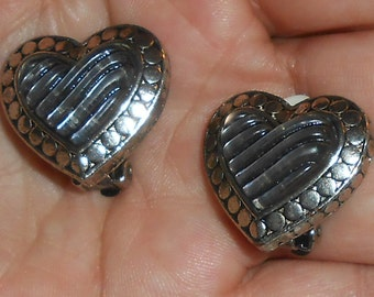 """Vintage Silver Tone Clear Acrylic / Plastic Material Figural """"Heart"""" Shape Clip On Earrings"""