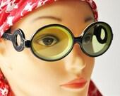 Vintage Green Glass Lens Sunglasses - Black White