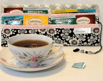 Gray floral tea bag wallet