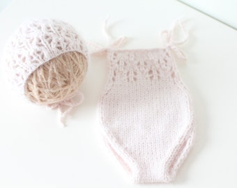 Newborn props - Newborn girl romper - Baby girl props - Photo props - Newborn girl - Baby photo prop - Newborn baby photo - Soft pink - Girl