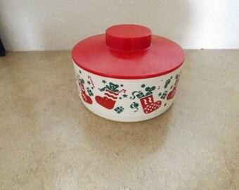Tupperware Christmas Bowl and Lid