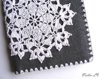 Notebook cover with snowflake motif, felt crochet cover, journal, diary, bible, book cover, grey gray white, felt A5 notebook, gift under 25