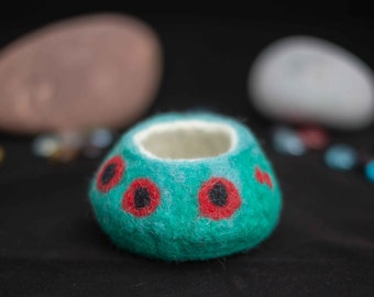 Red Poppies Blue and Green Wet Felted Pot Handmade in Wales Vessel with Red Poppies 8cm diameter Circular Pot Wet Felted Bowl Merino Wool