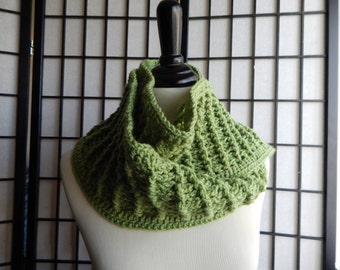 Light Green Cable Stitch Crochet Scarf