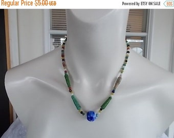 Vintage Glass bead choker necklace.......301