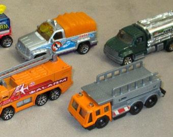 Matchbox + Hot Weels eight vehicles