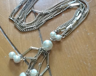 Vintage Faux PEARL FRINGE Multi Strand Y Necklace with Hearts