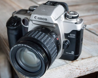 Working Vintage Canon Elan IIE 35mm Film SLR Camera with Zoom Lens