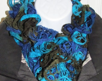 Ocean Colored Knitted Sashay Scarf