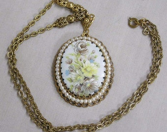 Vintage Pendant Necklace Made in West Germany HP Flowers on Large Cabachon