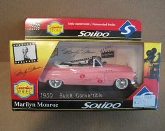 Solido Signature Series Marilyn Monroe 1950 Buick Convertible 1/43 Scale