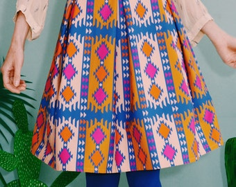 "Daisy rock blue orange pink pleated skirt with wrinkles ""KILIM stained"""