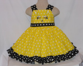 Girls Dress, Bumble Bee Dress, Custom Boutique , Girls of all ages, Birthday Dress, Ruffled Unique, Handmade Embroidered Bumble Bee dress