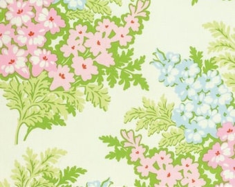 Nicey Jane Picinc Boquet in Cream by Heather Bailey for Free Spirit Fabrics HB072- Half Yard or By the Yard