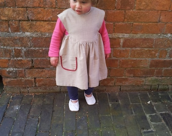 Pinafore Dress in Organic Cotton.