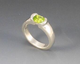 Peridot Sterling Silver Ring, Artisan Jewelry, Contemporary Ring, Peridot Jewelry, Modern Jewelry, Handmade Silver Jewelry, Silversmith