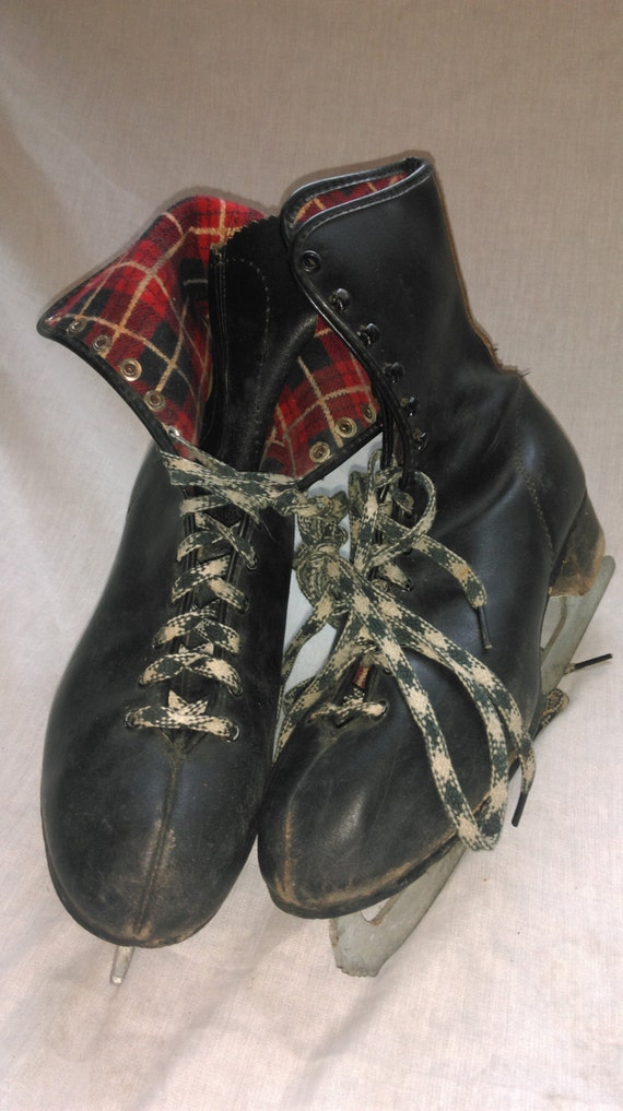 Vintage Ice Hockey Skates Mens Black Red White check Leather Figure Winter Christmas Decoration Holiday Distressed Wedding Valentines Canada