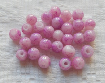 28  Pink Lilac Veined Round Glass Beads  6mm