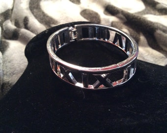 Silver tone hinge cuff bracelet
