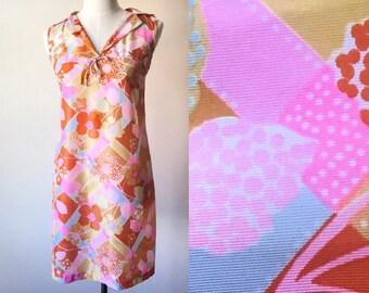 60s 70s mini dress // flower power dress // vintage festival dress