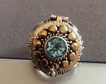 Sterling Silver Blue Topaz Poison Ring Size 7 Gold Accents