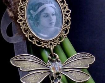 Antique Bronze Butterfly, Bridal Bouquet Photo Charm, Memorial Charm, 25x18 Photo