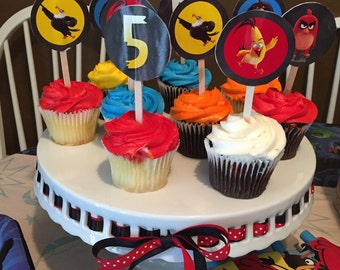 Birds that are angry cupcake toppers