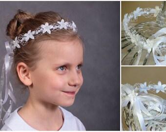 White hair crown Communion wreath White hair wreath Holy communion wreath Girls crown Wedding hair wreath Communion hair flower Hair garland