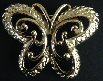 Butterfly Brooch Pin Gold Tone