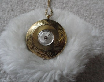 Swiss Made Endura Necklace Pendant Wind Up Watch