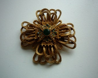 Vintage Gold Tone Maltese Cross Faux Faceted Emerald Pearl Brooch Pin Pendant