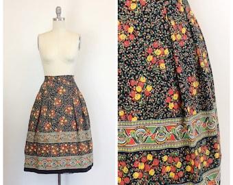 50s Floral Skirt / 1950s Vintage Border Print Full Cotton Summer Skirt / Small / 26 inch waist