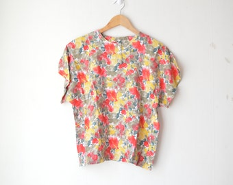 abstract floral print summer button down boxy shirt blouse 80s 90s //
