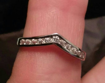Chevron V shape CZ  band ring
